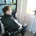 инвалид в аэропорту (16)