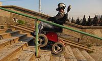 электроколяска Observer способная ездить по лестницам
